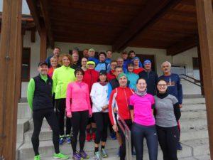 Ein Großteil der Läufer beim Winter-Trainingsauftakt